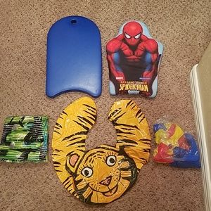 Kids pool items